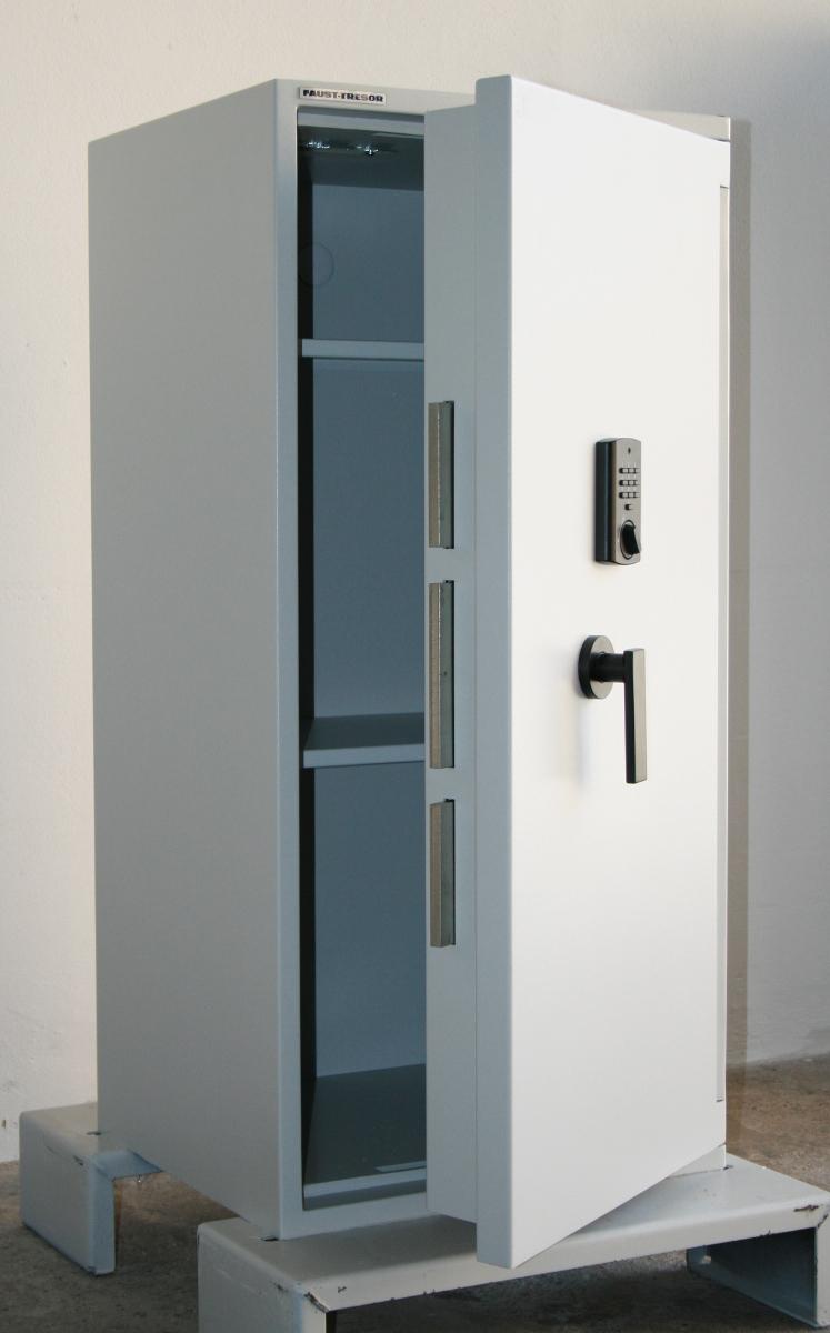 tresorforum wertschutzschrank k nigstein ii 120 online tresore kaufen. Black Bedroom Furniture Sets. Home Design Ideas